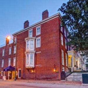 Hotels near Richmond Raceway Complex - Linden Row Inn