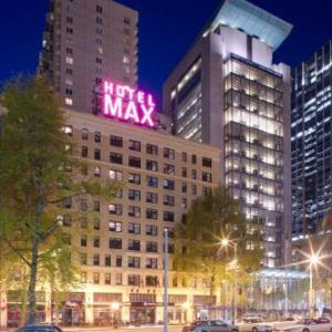 Broadway Performance Hall Hotels - Hotel Max