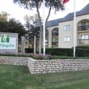 Hotels near The Pavilion at Irving Music Factory - Holiday Inn LAS COLINAS