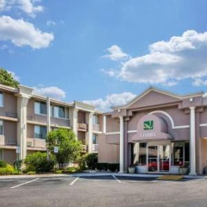 Hotels near Essex Steam Train - Quality Inn Old Saybrook
