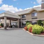 Comfort Inn & Suites near Robins Air Force Base