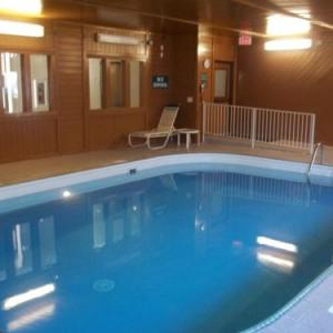 Baymont Inn & Suites - Waterloo