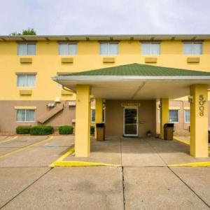 Swonder Ice Arena Hotels - Quality Inn East Evansville