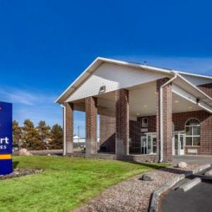 Beach Schmidt Performing Arts Center Hotels - Comfort Inn & Suites North Hays