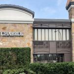 Le Chabrol Hotel & Suites