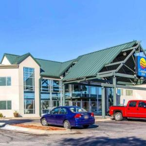Hotels near Sokol Auditorium - Comfort Inn At The Zoo Omaha