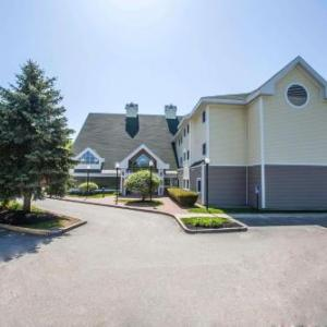 Hotels near Everett Arena - Comfort Inn Concord