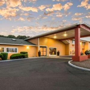 Econo Lodge Inn & Suites Albany