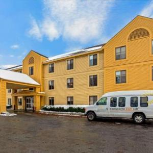 Hotels near Higher Ground Burlington - La Quinta Inn & Suites By Wyndham South Burlington