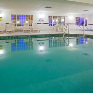 Country Inn & Suites By Radisson Mankato Hotel And Conference Center Mn
