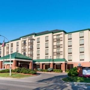 Indiana Memorial Union Hotels - Courtyard By Marriott Bloomington