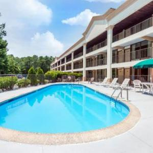 Levoy Theatre Hotels - Days Inn by Wyndham Absecon-Atlantic City