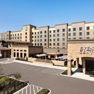 Embassy Suites San Antonio Brooks Hotel - Spa