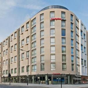 Hotels near Siobhan Davies Studios London - Hampton by Hilton London Waterloo