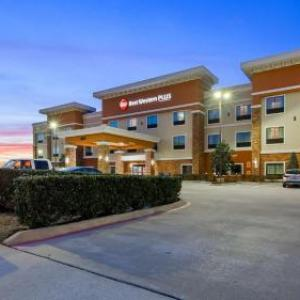 SplashTown Houston Hotels - Best Western Plus Spring Inn & Suites