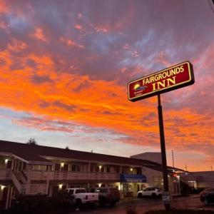 Evergreen State Fair Hotels - Fairground Inn
