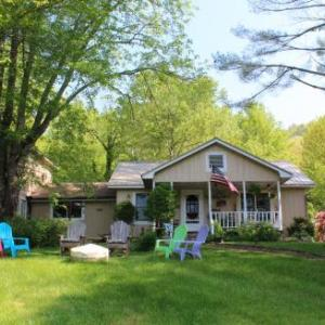 Henson Cove Place Bed and Breakfast w/Cabin