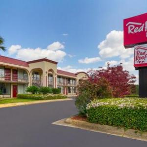 Hotels near Lelia M. Barlow Theatre - Red Roof Inn Montgomery - Midtown