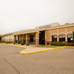 Norsk Hostfest Hotels - Days Inn By Wyndham Minot