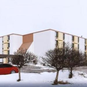 Hotels near Elizabeth Lyle Robbie Soccer Stadium - Key Inn