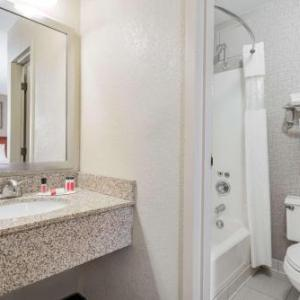 Ridder Arena Hotels - Days Hotel Minneapolis - University Of Minnesota