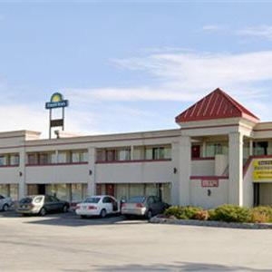 Hotels near Montgomery County High School - Days Inn - Mt. Sterling