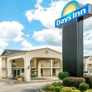 Days Inn By Wyndham Shorter