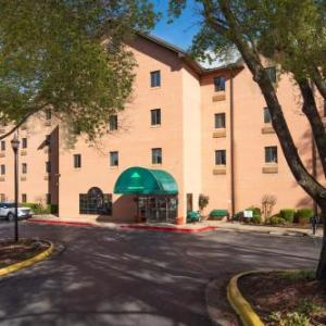 Guest Inn & Suites - Midtown Medical Center