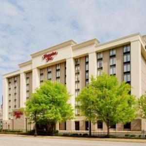 The Connection Louisville Hotels - Hampton Inn Louisville Downtown
