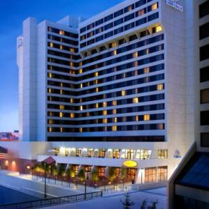 Hotels near University of Utah - Hilton Salt Lake City Center