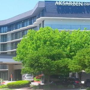 Hotels near Ralston Arena - Aksarben Suites Trademark Collection by Wyndham