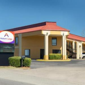 Econo Lodge Auburn Near University