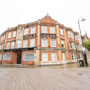 Hotels near Lighthouse Theatre Kettering - Royal Hotel Kettering by Paymán Club