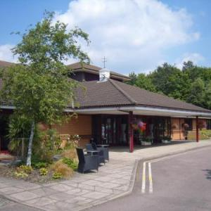 Hotels near Norfolk Showground - BEST WESTERN Brook Hotel
