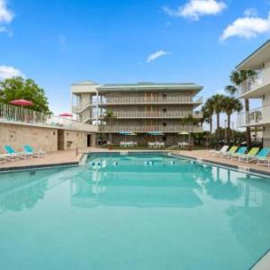 Hotels near Kissimmee Civic Center - Park Royal Orlando