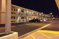 Anaheim Executive Inn & Suites Image