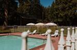 Columbia California Hotels - Long Barn Lodge & Event Center