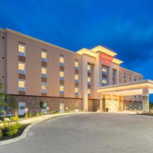 Hotels near Oxford County Fairgrounds - Hampton Inn Oxford Me