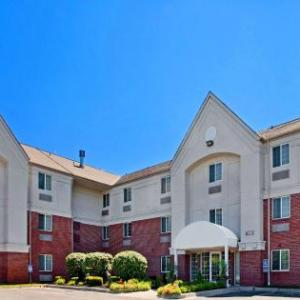 Carlsen Center Overland Park Hotels - Candlewood Suites Kansas City/overland Park