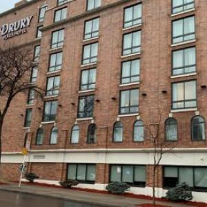 Hotels near Xcel Energy Center - Embassy Suites St Paul Downtown