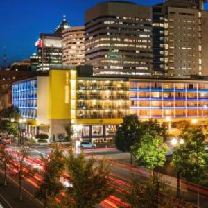 Keller Auditorium Hotels - Staypineapple Hotel Rose Downtown Portland