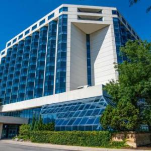 Hilton Minneapolis St. Paul Airport Mall Of America MN, 55425