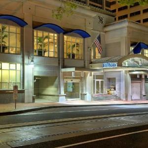 Hotels near Newmark Theatre - Hilton Portland And Executive Tower