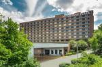 Danbury Connecticut Hotels - Crowne Plaza Danbury