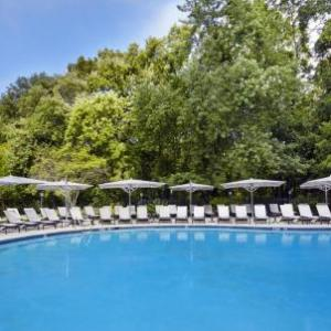 Hotels near Centercourt Athletic Club Chatham - Hilton Short Hills