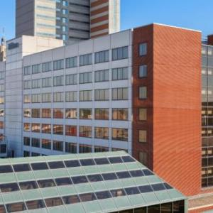 Hotels near Embassy Theatre Fort Wayne - Hilton Fort Wayne At The Grand Wayne Center
