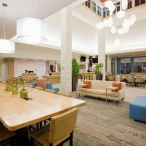 Hotels near Weesner Family Amphitheater - Hilton Garden Inn Minneapolis Eagan