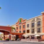 Holiday Inn Express Hotel and Suites -Henderson