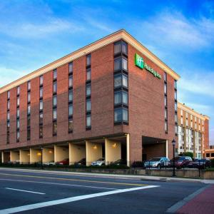 Georgia Theatre Hotels - Holiday Inn Athens - University Area