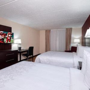 Red Roof Inn PLUS  & Suites Atlanta-Cumberland/Vinings